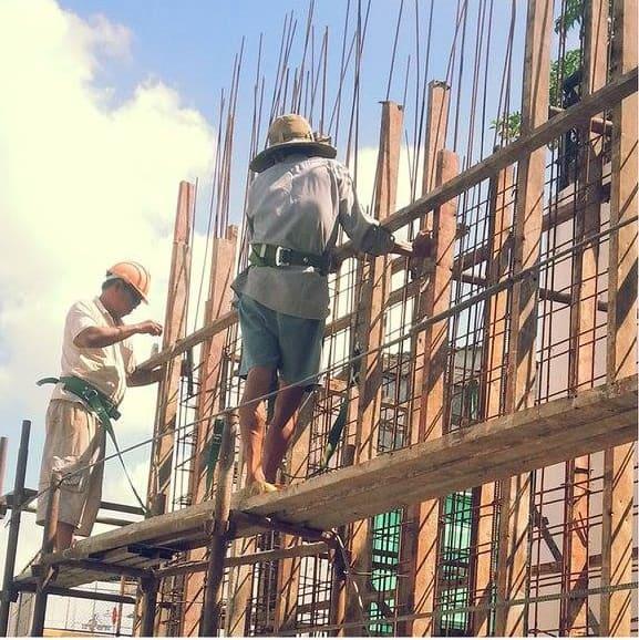 thi công xây dựng giai đoạn phần thô Chi House