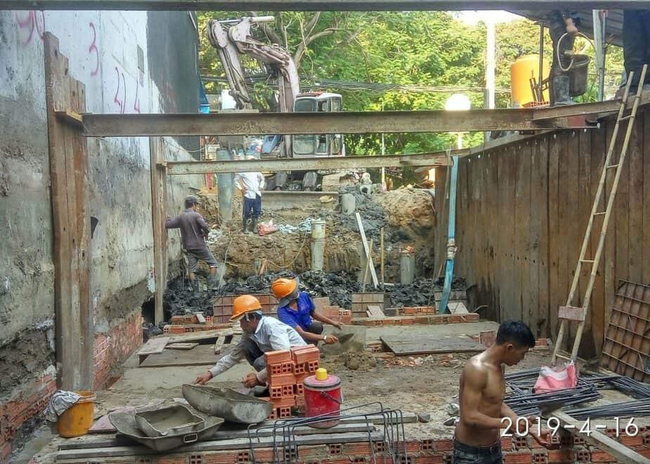 Đào móng cho tầng hầm công trình